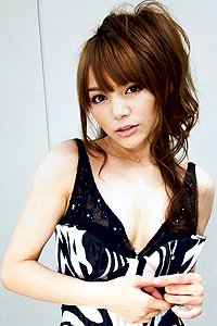 Tina Yuzuki em Yakuza 4